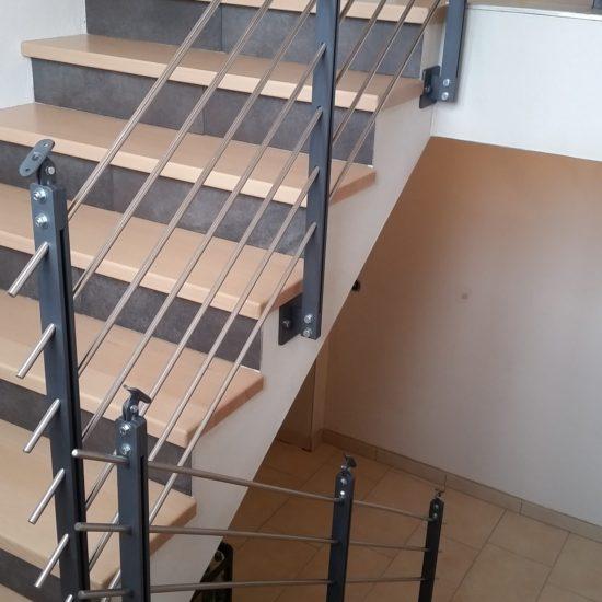 Treppengeländer mit Pfosten